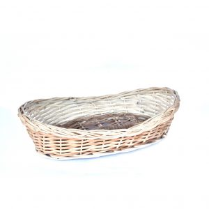 Boat shaped fruit basket