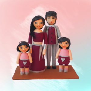 Paper quilling family figurines